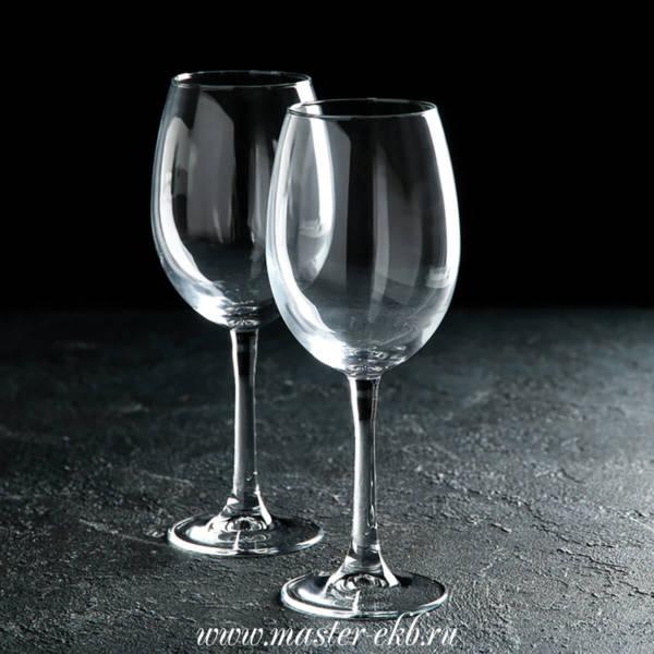 Винный бокал с гравировкой под заказ